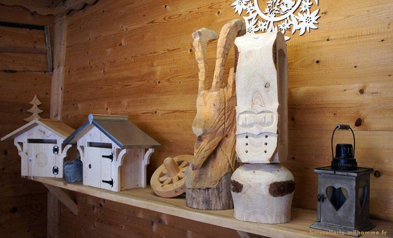 Boite aux lettres bois montagne charette signee porte - Cloche en plastique transparent jardin ...
